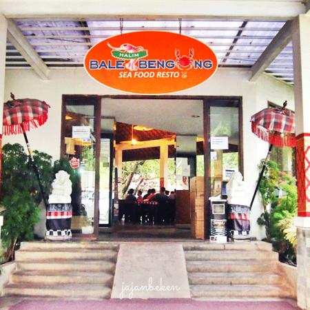 Rumah Makan Seafood Jakarta Timur
